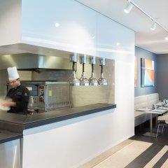 Отель ibis styles Sharjah Hotel ОАЭ, Шарджа - отзывы, цены и фото номеров - забронировать отель ibis styles Sharjah Hotel онлайн гостиничный бар