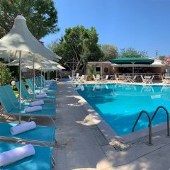 Moonshine Hotel & Suites бассейн фото 3