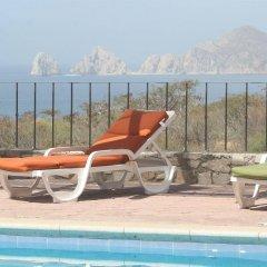 Sunrock Condo Hotel бассейн