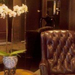 Отель Hilgard House Westwood Village гостиничный бар