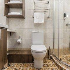 Гостиница Mini-hotel ''Silk Way'' в Санкт-Петербурге 7 отзывов об отеле, цены и фото номеров - забронировать гостиницу Mini-hotel ''Silk Way'' онлайн Санкт-Петербург ванная фото 2