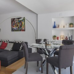 Апартаменты Marques de Pombal Trendy Apartment комната для гостей фото 3