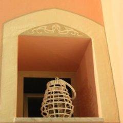 Отель B&B Villa Raineri Таормина сейф в номере