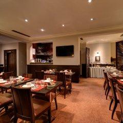 Отель Montfleuri Hotel Франция, Париж - 1 отзыв об отеле, цены и фото номеров - забронировать отель Montfleuri Hotel онлайн питание