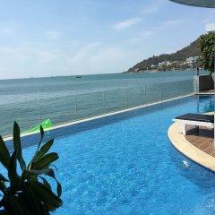 Отель Cozzy Seaview Apartment Вьетнам, Вунгтау - отзывы, цены и фото номеров - забронировать отель Cozzy Seaview Apartment онлайн бассейн