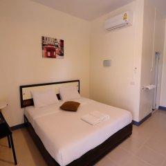 Отель Walaiya Palace сейф в номере