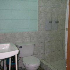Отель Guesthouse Dos Molinos Сан-Педро-Сула ванная