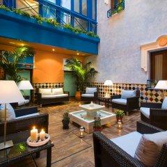 Отель Suites Gran Via 44 Apartahotel питание