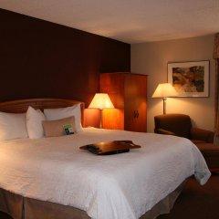 Отель Hampton Inn Newark Airport США, Элизабет - отзывы, цены и фото номеров - забронировать отель Hampton Inn Newark Airport онлайн комната для гостей фото 4