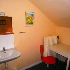 Отель Det Lille Дания, Оденсе - отзывы, цены и фото номеров - забронировать отель Det Lille онлайн удобства в номере