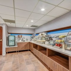 Holiday Inn Express Hotel & Suites Greenville Airport питание