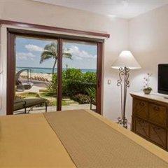 Encanto El Faro Luxury Ocean Front Condo Hotel Плая-дель-Кармен комната для гостей фото 3