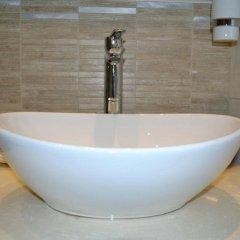 Отель Saga Hotel Греция, Порос - отзывы, цены и фото номеров - забронировать отель Saga Hotel онлайн ванная