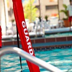 Отель Crystal City Marriott at Reagan National Airport бассейн фото 2