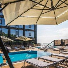 M1 Club Hotel бассейн фото 3