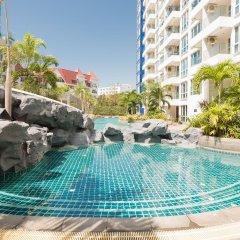 Отель The Cliff Condominium by GrandisVillas Паттайя бассейн фото 2