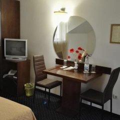 Отель Guest House Solo Болгария, Шумен - отзывы, цены и фото номеров - забронировать отель Guest House Solo онлайн сейф в номере