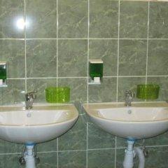 Гостиница Yurus Hostel Украина, Львов - отзывы, цены и фото номеров - забронировать гостиницу Yurus Hostel онлайн ванная фото 2