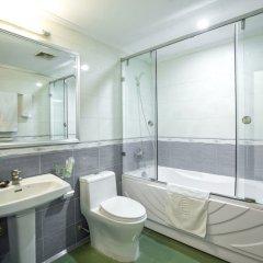 Отель Prince Hotel Вьетнам, Ханой - отзывы, цены и фото номеров - забронировать отель Prince Hotel онлайн ванная