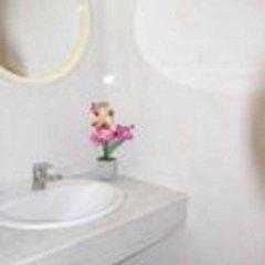 Отель Pension Francia Барселона ванная фото 2