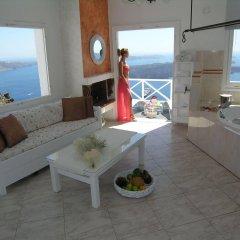 Отель Aeolos Studios and Suites комната для гостей фото 2