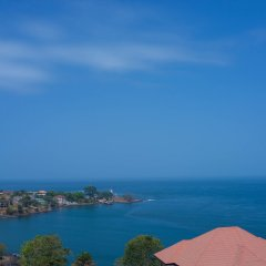 Отель Bintumani Hotel Сьерра-Леоне, Фритаун - отзывы, цены и фото номеров - забронировать отель Bintumani Hotel онлайн пляж фото 2