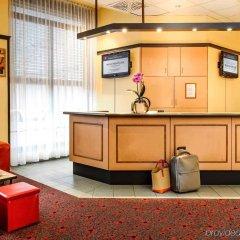MEININGER Hotel Leipzig Hauptbahnhof интерьер отеля