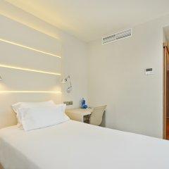 Отель NH Barcelona Les Corts Испания, Барселона - 1 отзыв об отеле, цены и фото номеров - забронировать отель NH Barcelona Les Corts онлайн комната для гостей фото 3