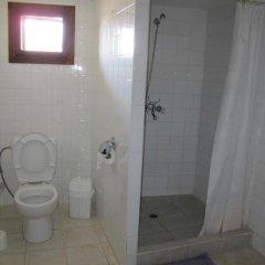 Отель Hadjigergy's Guest House Болгария, Сливен - отзывы, цены и фото номеров - забронировать отель Hadjigergy's Guest House онлайн ванная
