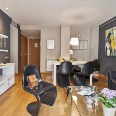 Отель AinB Sagrada Familia Apartments Испания, Барселона - 2 отзыва об отеле, цены и фото номеров - забронировать отель AinB Sagrada Familia Apartments онлайн комната для гостей фото 8