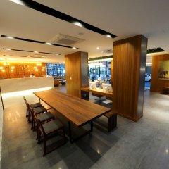 130 Hotel & Residence Bangkok питание