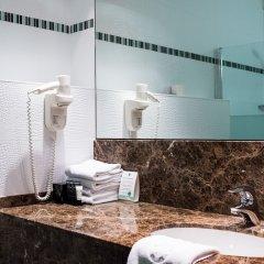 Отель Hyllit Hotel Бельгия, Антверпен - 1 отзыв об отеле, цены и фото номеров - забронировать отель Hyllit Hotel онлайн ванная