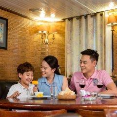 Отель Emeraude Classic Cruises Вьетнам, Халонг - отзывы, цены и фото номеров - забронировать отель Emeraude Classic Cruises онлайн интерьер отеля фото 2