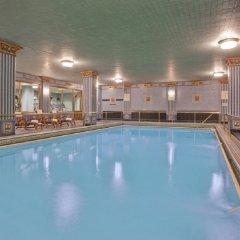 Отель Millennium Biltmore Hotel США, Лос-Анджелес - 10 отзывов об отеле, цены и фото номеров - забронировать отель Millennium Biltmore Hotel онлайн бассейн