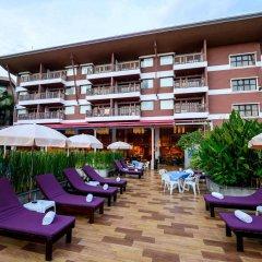 Отель Peach Blossom Resort Пхукет бассейн