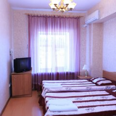 Гостиница Complex Mir в Белгороде 6 отзывов об отеле, цены и фото номеров - забронировать гостиницу Complex Mir онлайн Белгород комната для гостей фото 5