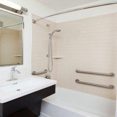 Отель Candlewood Suites Jersey City - Harborside ванная