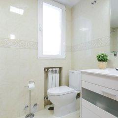 Отель Charming Gran Vía II Испания, Мадрид - отзывы, цены и фото номеров - забронировать отель Charming Gran Vía II онлайн ванная