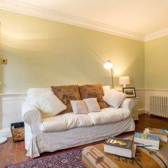 Отель Calton Hill Idyllic Cottage Feel Next 2 Princes St Эдинбург комната для гостей фото 5