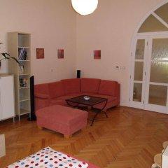 Апартаменты Apartments Tynska 7 Прага комната для гостей фото 2