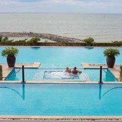 Отель Romana Resort & Spa бассейн