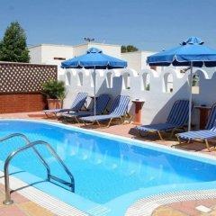 Отель Pension Stella Греция, Остров Санторини - 1 отзыв об отеле, цены и фото номеров - забронировать отель Pension Stella онлайн бассейн