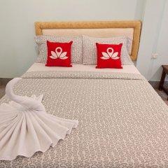 Отель Zen Rooms Siripong Road Бангкок комната для гостей фото 2