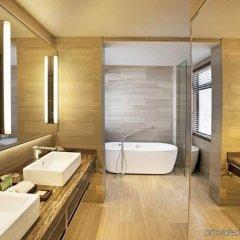 Отель Hilton Colombo Residence Шри-Ланка, Коломбо - отзывы, цены и фото номеров - забронировать отель Hilton Colombo Residence онлайн ванная
