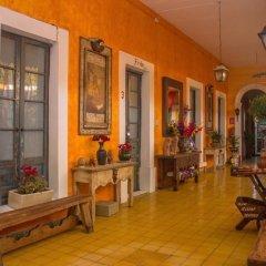 Отель Casona Tlaquepaque Temazcal y Spa интерьер отеля