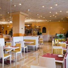 Отель Ayre Hotel Sevilla Испания, Севилья - 2 отзыва об отеле, цены и фото номеров - забронировать отель Ayre Hotel Sevilla онлайн питание фото 3