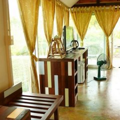 Отель Buritara Resort And Spa Таиланд, Бангкок - отзывы, цены и фото номеров - забронировать отель Buritara Resort And Spa онлайн интерьер отеля