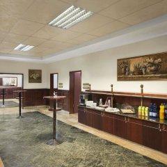 Ramada Hotel & Suites Bucharest North интерьер отеля фото 3