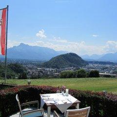 Отель Schöne Aussicht Австрия, Зальцбург - 1 отзыв об отеле, цены и фото номеров - забронировать отель Schöne Aussicht онлайн питание