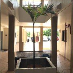 Guam Airport Hotel интерьер отеля